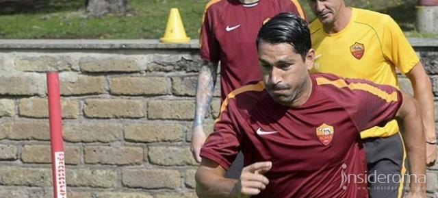 Genoa, è Floro Flores l'alternativa a Borriello
