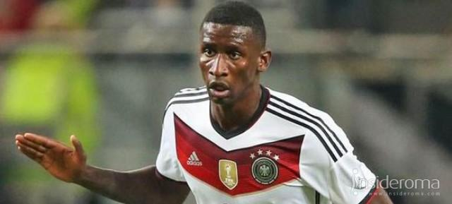 Francia-Germania - Rudiger titolare per la Germania, Digne in panchina con i