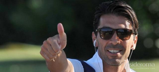 Buffon: «Portiamo Totti all'Europeo»